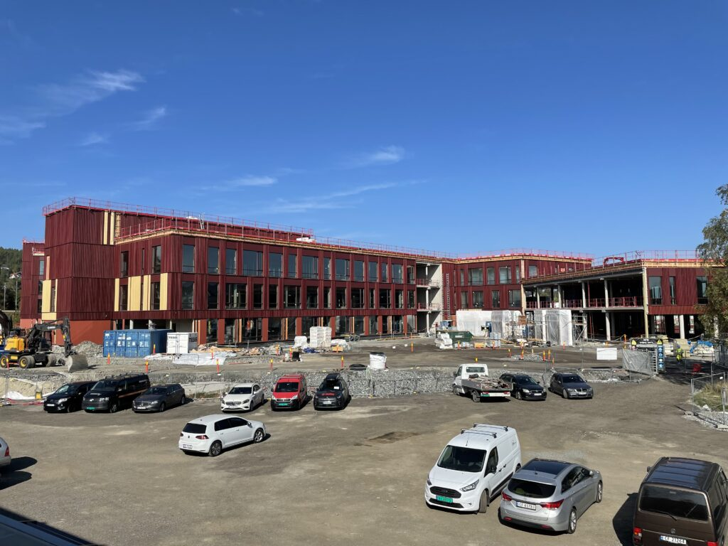 Oversiktsbilde skolebygg